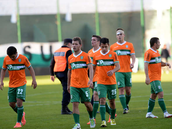 fotos-Banfield-Defensa_OLEIMA20140816_0161_8