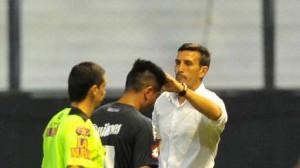 Quilmes-jugadores-cabeza-tecnicos-consolandolos_OLEIMA20141117_0050_5